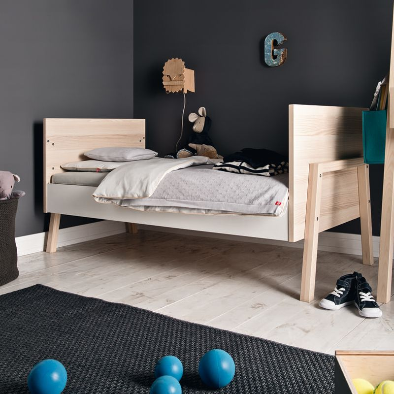 lit b b design blanc vox spot un cocon pour b b. Black Bedroom Furniture Sets. Home Design Ideas