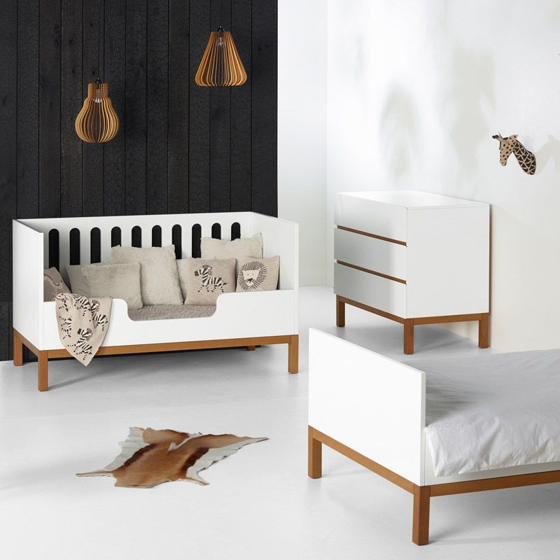 lit b b volutif 140 design blanc quax indigo range ta. Black Bedroom Furniture Sets. Home Design Ideas