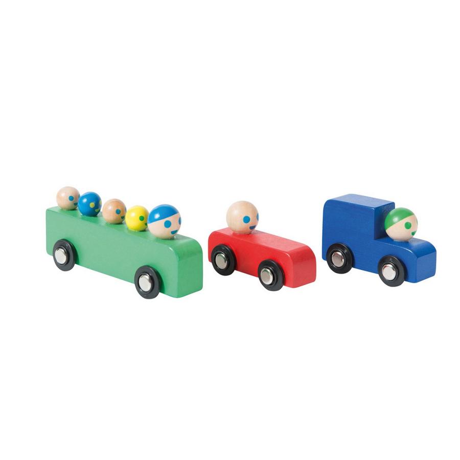 Assortiment de voitures et bus en bois